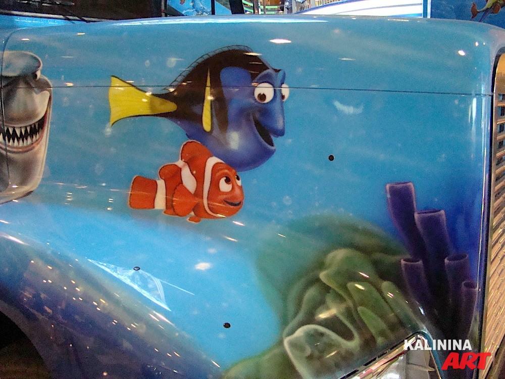 Аэрография на грузовике - персонажи из мультфильма Капитан Немо