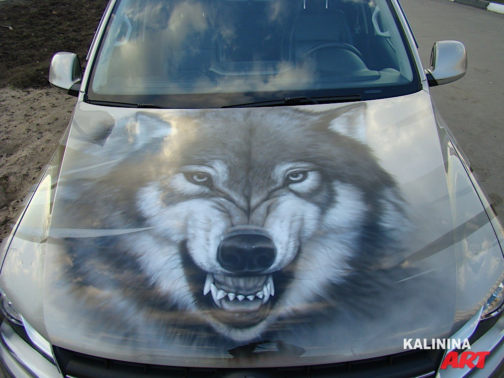 Аэрография «Волки» на VW Amarok