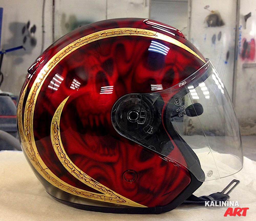 Аэрография на шлеме для мотоцикла
